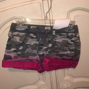 Size 12 justice camo pink shorts like new!